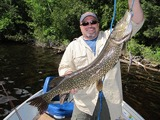 Fly-in Fishing Pike Quebec