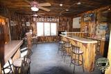 Trophy Outfitters Hunting Lodge