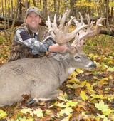 Monster Trophy Buck Hunting Iowa.
