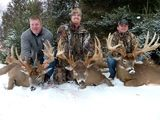 3 Happy Hunters