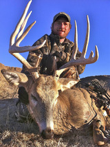 Bow Hunting Mule Deer in Colorado.