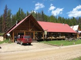 Silver Spur Outfitters & Lodge, Hunting Lodge