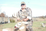 Whitetail deer hunt Missouri