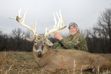 Missouri whitetail deer hunting Oak Creek Whitetail Ranch